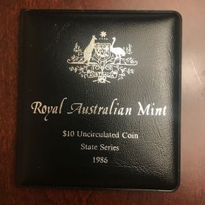 AUTHENTIC* $10 coin from the Royal Australian Mint